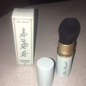 Mr. Right Now travel brush